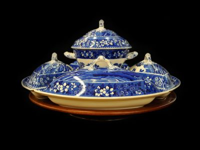Copeland Covered Serving Dish Set
