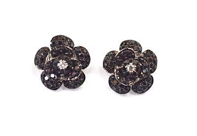 Modern Black and White Diamond Stud Earrings