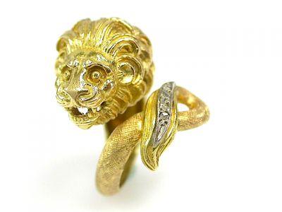 Vintage Diamond and Sapphire Lion Ring