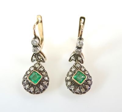 Vintage Emerald and Diamond Drop Earrings