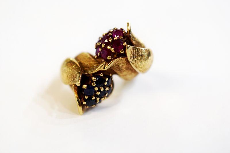 Retro Tulip Brass /& Pearl Earrings