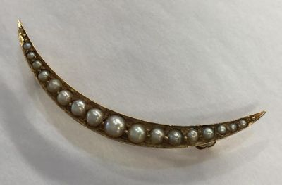 1-69702-June/Blithe Spirit/Seed Pearl Crescent Brooch - 2