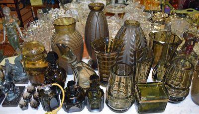 1-69702-June/Vintage Smokey Glass Display 3