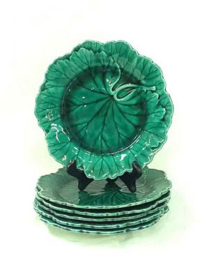 1-69702-June/Wedgwood-Green-Glazed-Leaf-Plates-on-the-cover-of-House- -Home-Special-Edition