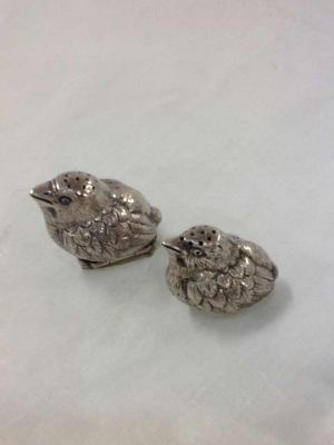 1-69702-June/silver obects dart/Pair-of-Chinese-Silver-Peppers