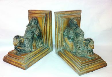 1Assorted/bookends monkeys