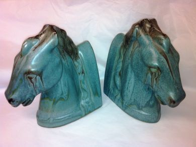 1Assorted/horse bookends