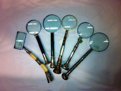 1Assorted/magnifying glasses