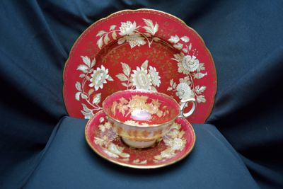 1a - Royal Crown Derby/Wedgwood - Ruby Tonquin