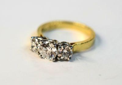 2014 AGL uploaded Oct-Dec/Modern Canadian Diamond Engagement Ring AGL44273 74494 b