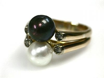 2014 CFA uploaded Oct-Dec/Pearl Ring Cynthia Findlay Antiques CFA1302139 70579