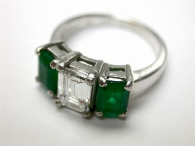 2015 AGL/Diamond and Emerald Ring AGL50839 78857