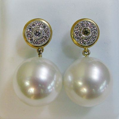 2015 AGL/Modern South Seas Pearls and Diamond Earrings AGL44023 74325 a