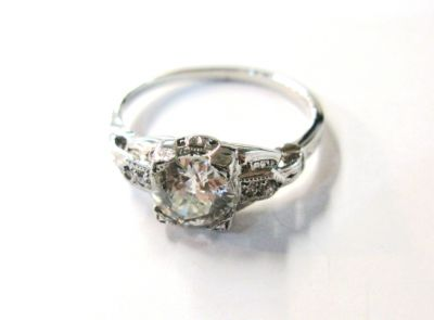2015 AGL/Vintage-Diamond-Engagement-Ring-AGL43575-74109