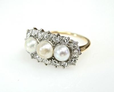 2015 ML Facets/2 Qtr/Edwardian Pearl and Diamond Ring CFA1502130 79143
