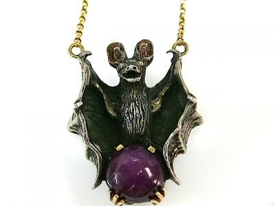 2015 ML Facets/2 Qtr/Vintage Bat Pendant CFA1304262 79369B