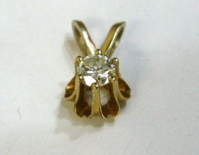 2015 ML Facets/2 Qtr/Vintage Diamond Pendant CFA1402104 74773