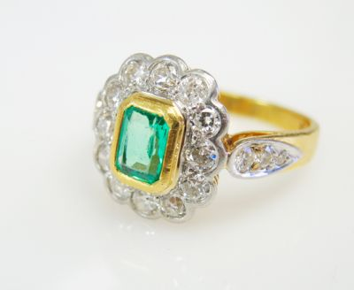 2015 ML Facets/2 Qtr/Vintage Emerald and Diamond Ring CFA1505315 79467