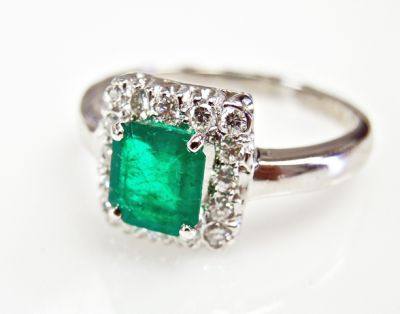 2015 ML Facets/2 Qtr/Vintage Emerald and Diamond Ring CFA1505316 79468