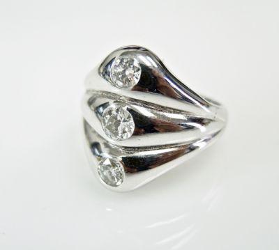 2015 ML Facets/3 Qtr/Art Deco 3 Diamond RIng CFA150893 79979