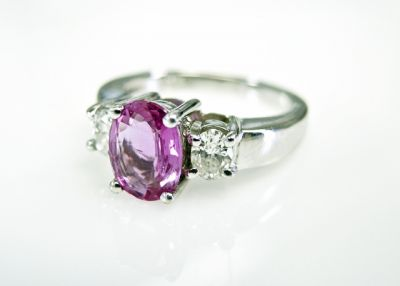 2015 ML Facets/3 Qtr/Modern Pink Sapphire and Diamond Ring CFA1506301 79653