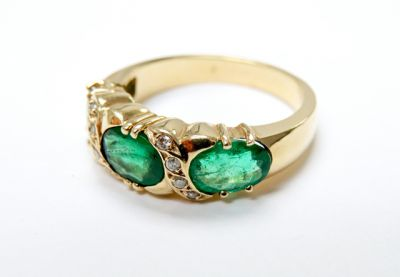 2015 ML Facets/3 Qtr/Vintage Emerald and Diamond Ring CFA150685 79646