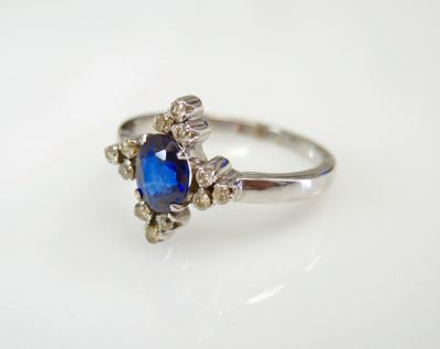 2015 ML Facets/3 Qtr/Vintage Sapphire and Diamond Ring CFA1507326 79749