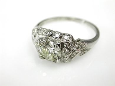 2015 ML Facets/4 Qtr/Art-Deco-Diamond-Ring-CFA1303215-70833