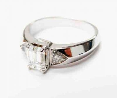 2015 ML Facets/4 Qtr/Modern Diamond Engagement Ring CFA1509122 80142
