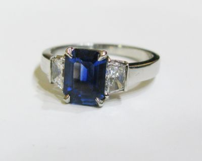 2015 ML Facets/4 Qtr/Modern Sapphire and Diamond Engagement Ring CFA150888 79951