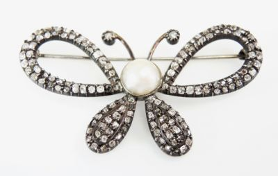 2015 ML Facets/4 Qtr/Victorian Pearl and Diamond Butterfly Brooch CFA150941 80105