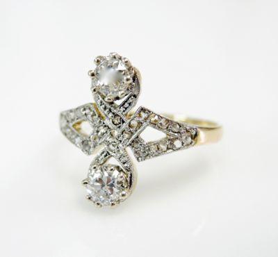 Vintage Diamond Toi Et Moi Ring