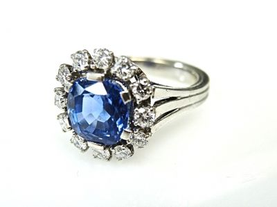 2015 ML Facets/Vintage-Sapphire-and-Diamond-Ring-CFA1412150-78917