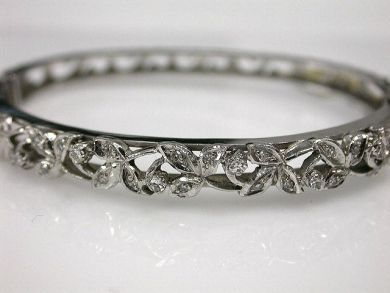 6500-65044/Floral Hinged Bangle-Cynthia Findlay AntiquesCFA110177
