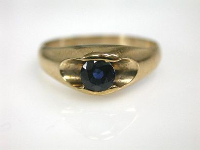 65510/Sapphire Solitaire Ring Cynthia Findlay Antiques CFA110845