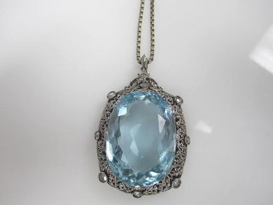 6600-November/Aquamarine Pendant Cynthia Findlay Antiques CFA1110110