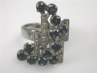 6600-November/Modern Sapphire Ring Cynthia Findlay Antiques CFA1110124