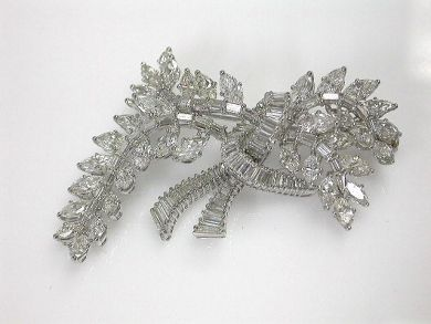 6600-November/Stunning Retro Diamond Brooch Cynthia Findlay Antiques CFA110923