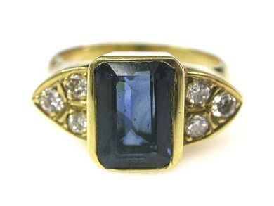 66027-December/Sapphire and Diamond Ring Cynthia Findlay Antiques CFA1111234