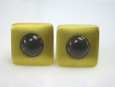 66068-November/Amethyst Earrings Cynthia Findlay Antiques CFA1111131