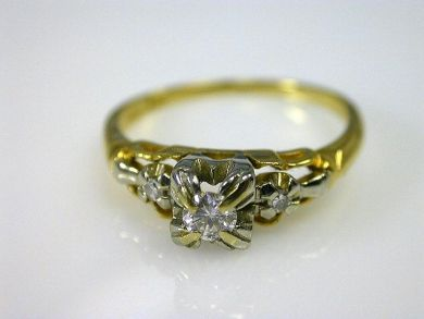 66068-November/Estate Diamond Ring Cynthia Findlay Antiques CFA111172