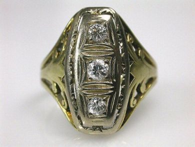 66338-December/Antique Diamond Ring Cynthia Findlay Antiques CFA111268