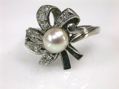 66338-December/Floral Pearl Ring Cynthia Findlay Antiques CFA111233