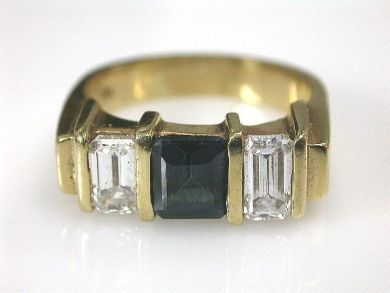66395-January/Sapphire and Diamond Ring Cynthia Findlay Antiques CFA1112198