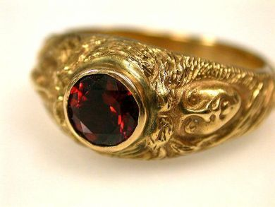 66891-February/Garnet Solitaire Cynthia Findlay Antiques CFA1201129