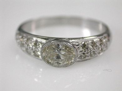 67061-March/Diamond Ring Cynthia Findlay Antiques CFA1202301 1