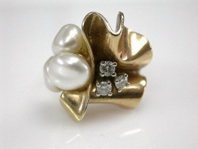 67062-March/Pearl and Diamond Ring Cynthia Findlay Antiques CFA1203121