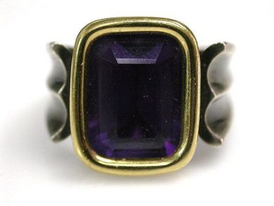 67398-October/Amethyst Ring Cynthia Findlay Antiques CFA120509