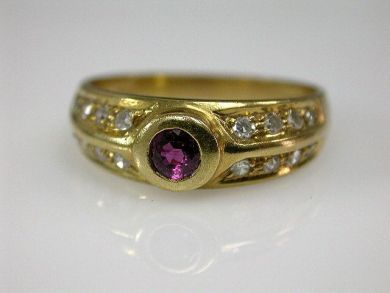 67398-October/Ruby Ring Cynthia Findlay Antiques CFA120694