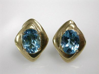 67425-April /Blue Topaz Earrings Cynthia Findlay Antiques CFA1205162